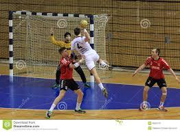 Handball rzut z wyskoku zdjęcie editorial. Obraz złożonej z rzut - 50823731