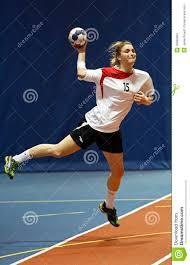 Handball Drużynowy żeński Rzut Z Wyskoku Zdjęcie Stock Editorial - Obraz  złożonej z handball, wyskoku: 30968963