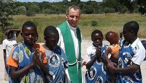 Nasi misjonarze - Kościół - Chciałem głosić Ewangelię tam, gdzie jest  najbardziej potrzebna... Rozmowa z o. Romanem Janowskim - misjonarzem z A