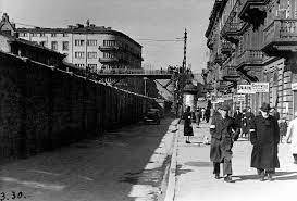 Pamiątki z terenu getta w Warszawie wywiezione potajemnie do Izraela