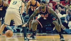 Siedem żelaznych zasad obrony w koszykówce - Gwiazdy Basketu