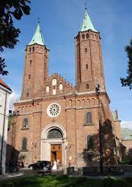Płock - katedra NMP - Architektura średniowiecza i starożytności